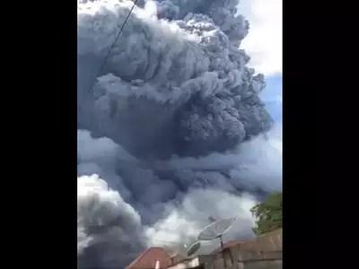 इंडोनेशिया में फिर भड़का ज्वालामुखी