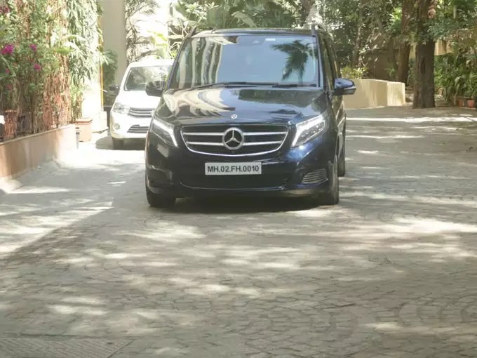 Hrithik Roshan has left for questioning in this black van