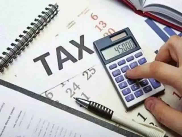 navbharat times 1 अप्रैल 2021 से वेतन का नया नियम, जानें टैक्स कैसे बढ़ाएं टेक होम सैलरी