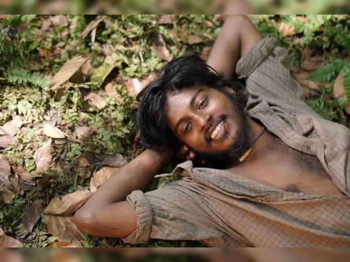sumesh moor: എല്ലാവരും എന്നെ പുകഴ്ത്തുകയാണ്; 'ഷാജി'യുടെ ആഴമാണ് എന്നിൽ  പ്രതിഫലിച്ചതെന്ന് സുമേഷ് മൂർ - actor sumesh moor opens up about actor  tovino thomas and his role in kala ...