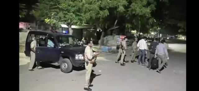 Kanpur News: भूत उतारने के नाम पर महिला की पिटाई से मौत...कोरोना बताकर शव को दफनाने जा रहे थे ससुरालवाले...पुलिस ने पोस्टमॉर्टम के लिए भेजा