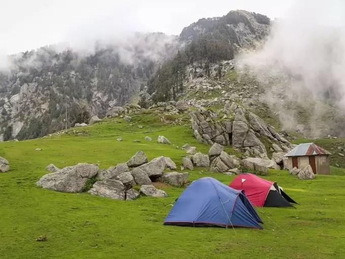 -camping in hindi