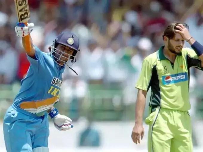 ms dhoni vs pakistan