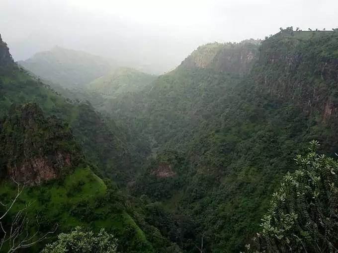 Mumbai to Toranmal Hill Station