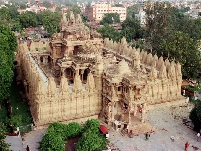 Hathisingh Temple in Ahmedabad