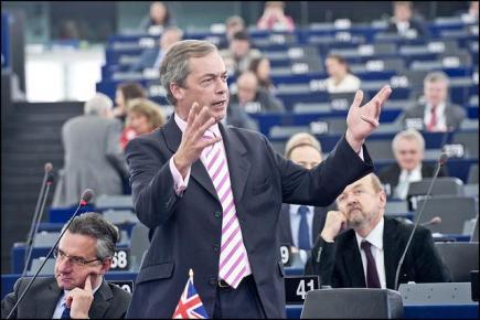 Ομάδα οι ευρωεσκεπτικιστές με επικεφαλής τον Φάρατζ