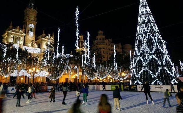 Las luces de Navidad en Valencia y la pista de hielo de la