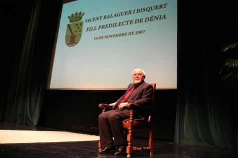 Vicent Balaguer, durante su nombramiento como Hijo Predilecto de Dénia en 2007. / Tino Calvo