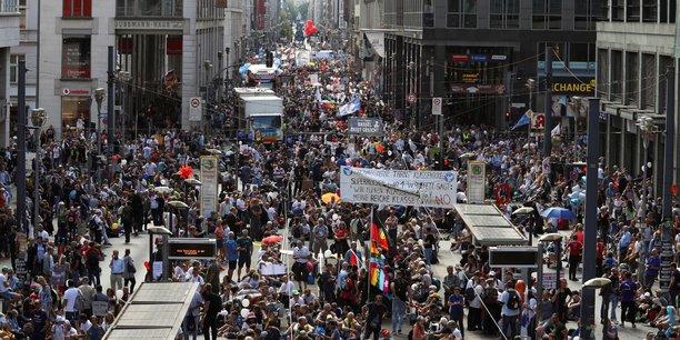 À Berlin, les bars et restaurants font annuler en justice les restrictions nocturnes