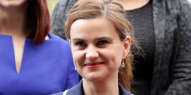Jo Cox, députée travailliste, a été victime d'un assassinat jeudi 16 mai, une semaine avant le référendum sur le maintien dans l'UE.