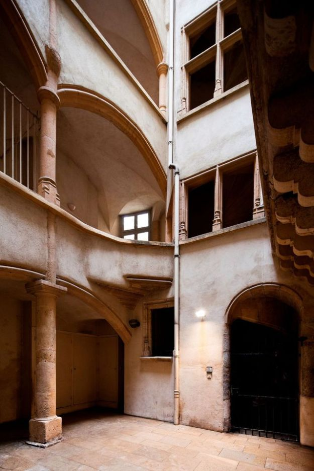 Traboules, courtyards and passages classified, accessible during the day