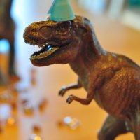Dino-Party! Kindergeburtstag für einen vierjährigen Dinosaurier-Fan*