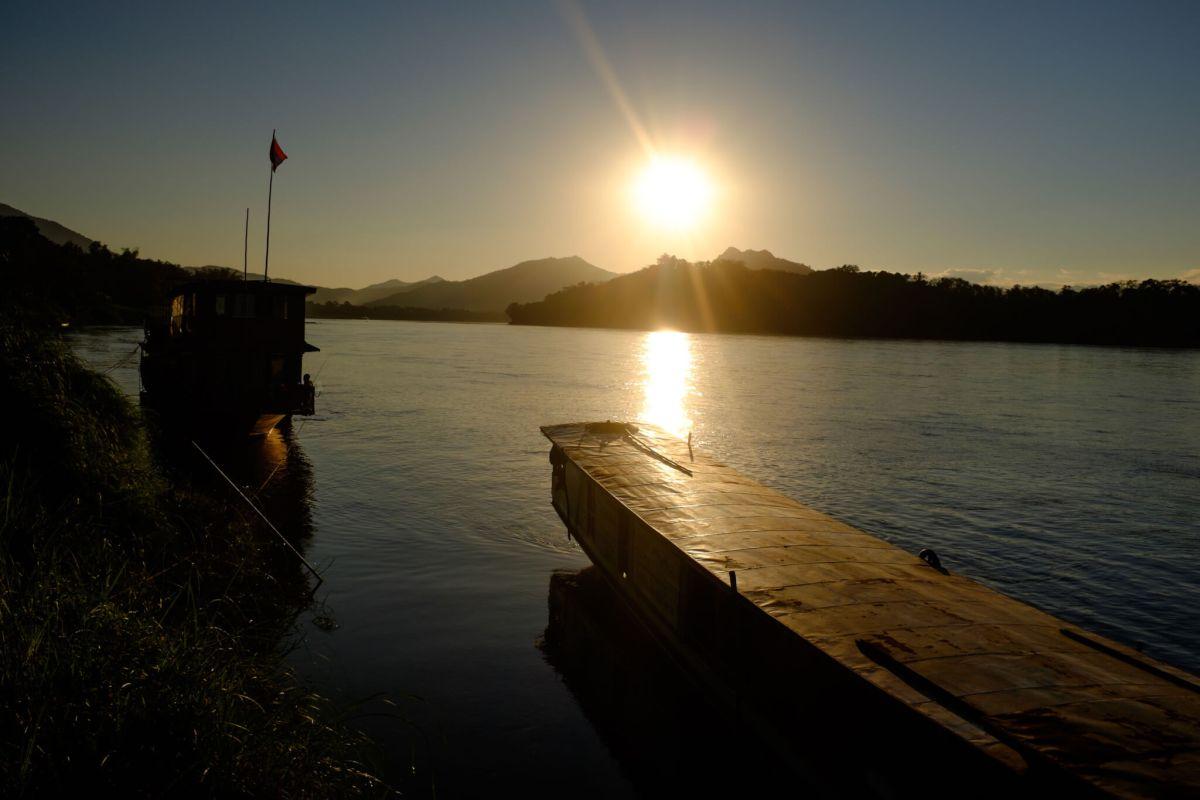 coucher soleil mekong