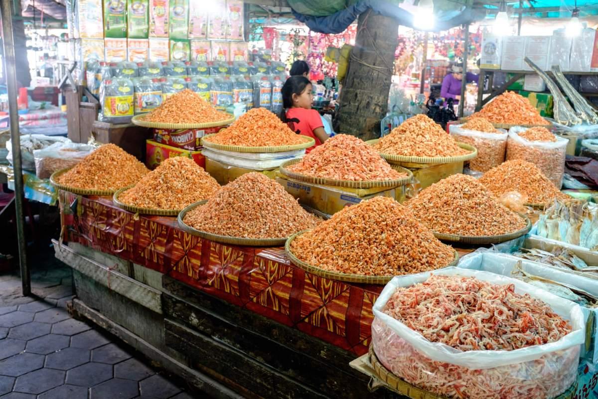 marché de crabe à Kep