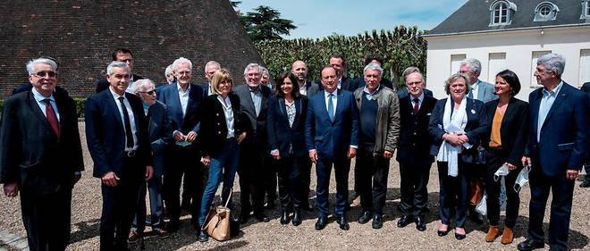 Les socialistes reunis au Creusot pour celebrer Francois Mitterrand.