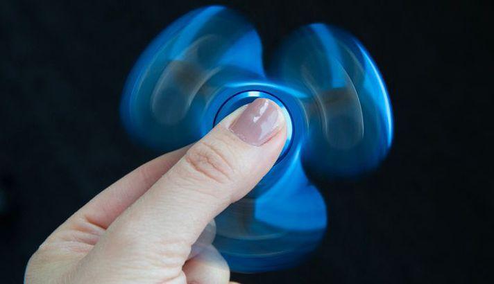 con-quay-Fidget-Spinner