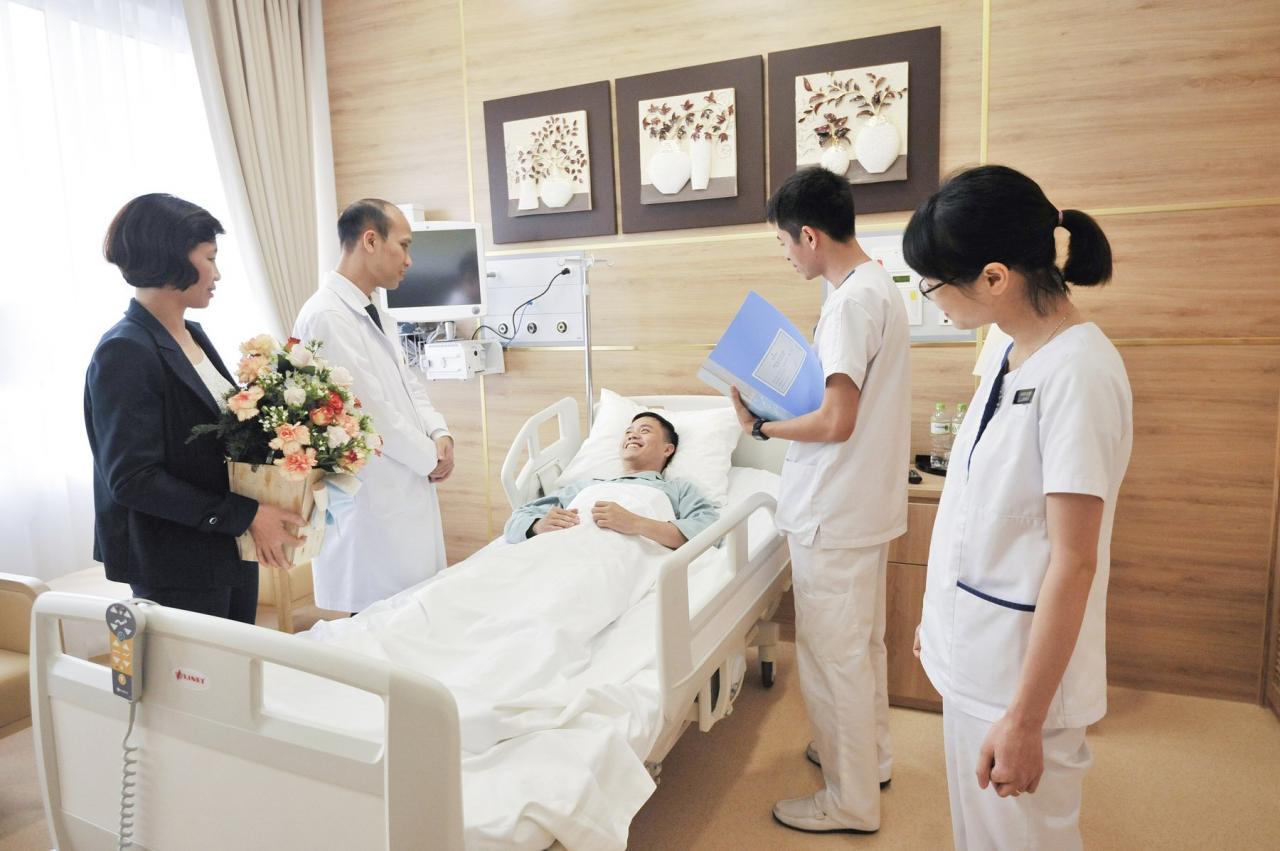Bảo hiểm Bảo Việt luôn sát cánh bên người bệnh