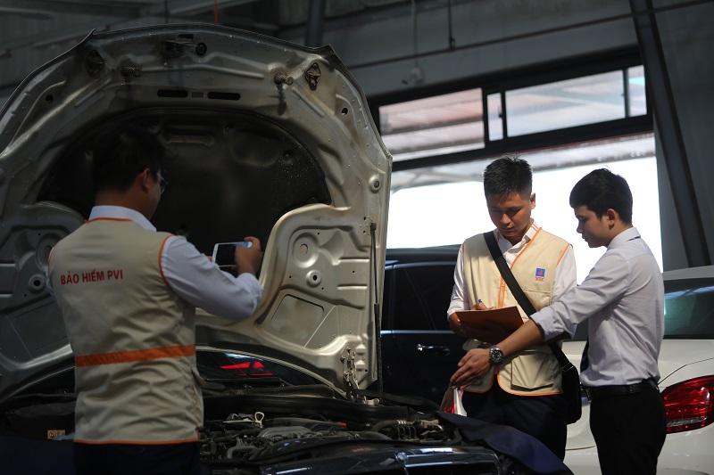 Giám định bảo hiểm xe để quyết định hành động mức phí bồi thường cho chủ xe