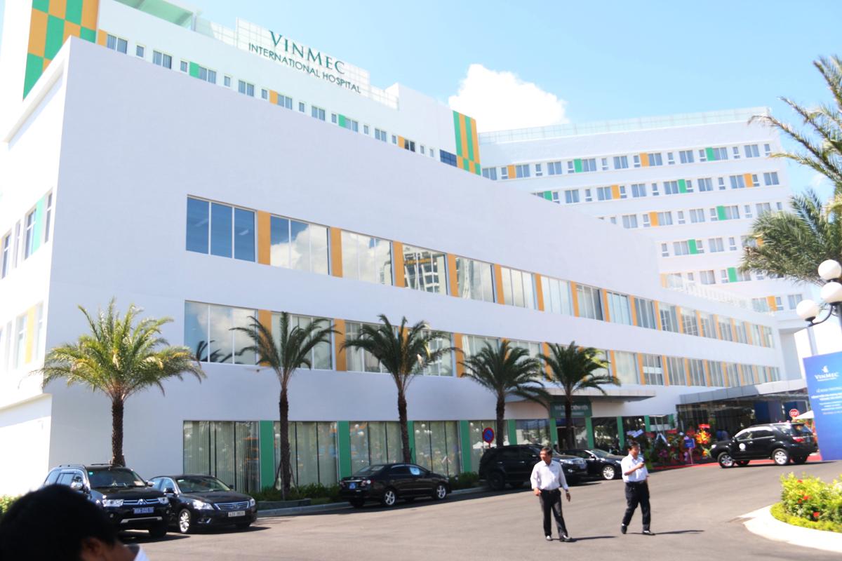 Trải nghiệm dịch vụ bảo lãnh viện phí bảo hiểm Intercare tại Vinmec