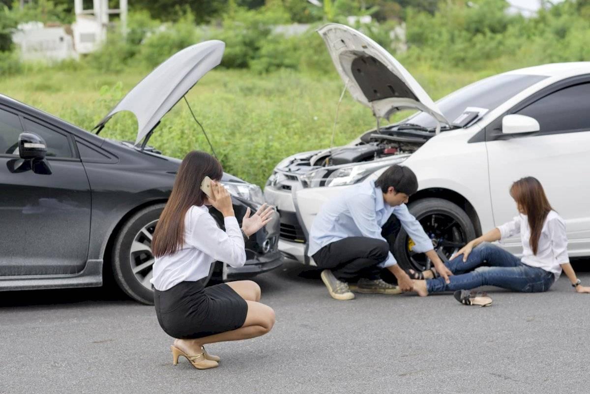 Nên bình tĩnh xử lý khi xẩy ra tai nạn đáng tiếc xe hơi