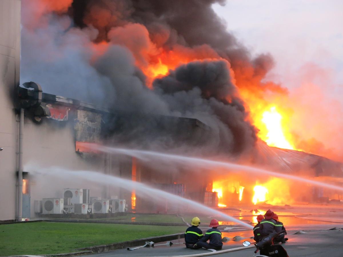 Bảo hiểm chi trả những khoản thất thoát vật chất do tình trạng cháy và nổ
