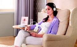 Vừa hút sữa dồi dào cho con mẹ vừa có thể thư giãn tối đa