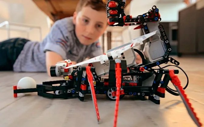 Lego Mindstorms in action
