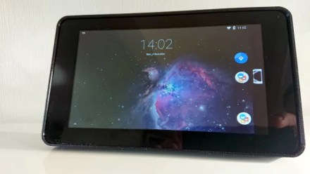 Raspberry Pi Android tablet home screen