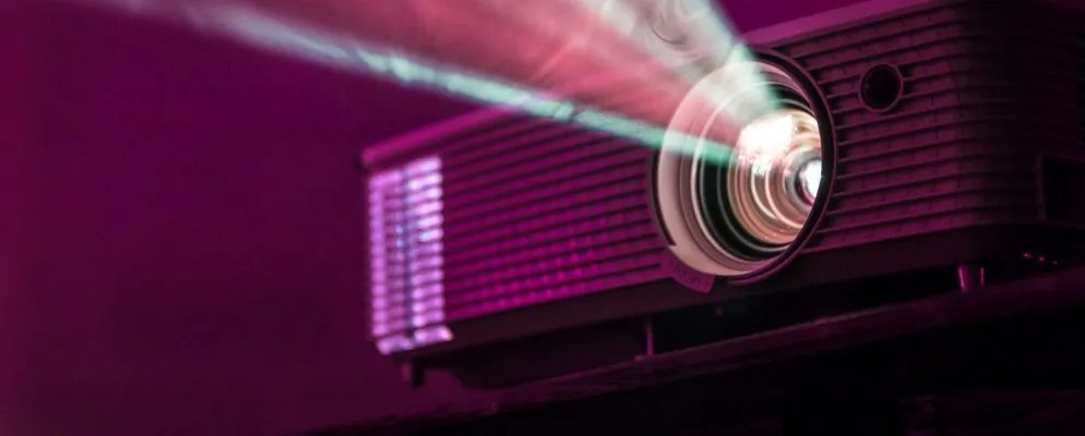 The Best Projector Screens for Your Home Theater
