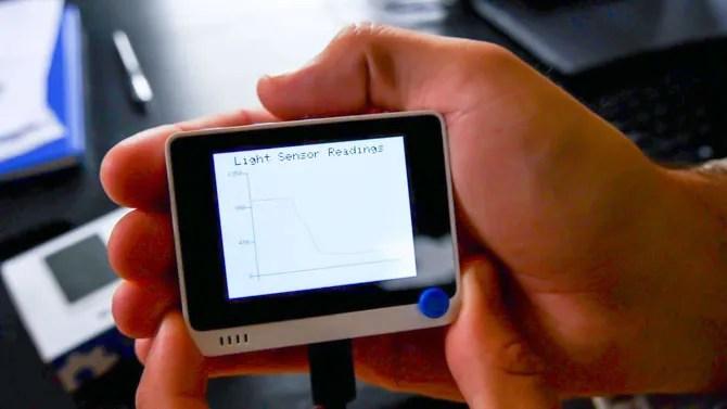 Wi-Fi терминал считывает значения с датчика освещенности