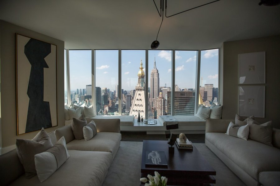Manhattan Apartment Sales Chill Amid Supply Increase