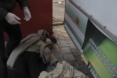 Ici, plusieurs obus sont tombes dans le centre vile de Donetsk faisant deux victimes.