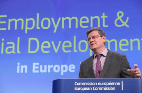 Le commissaire Laszlo Andor à Bruxelles le 8 janvier.