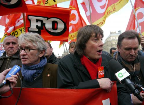 Jean-Claude Mailly (FO) et Bernard Thibault (CGT), le 5 mars 2013, main dans la main contre l'accord sur l'emploi