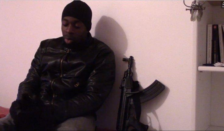 Amedy Coulibaly revendiquant ses attaques sur une vidéo posthume.