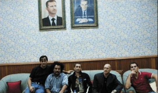 F.Chatillon (polo rouge) en Syrie à l'été 2006 avec Ahmed Moualek (Labanlieuesexprime), Dieudonné, Thierry Meyssan, Alain Soral.