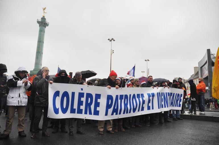 Au départ de la manifestation, dimanche, place de la Bastille.
