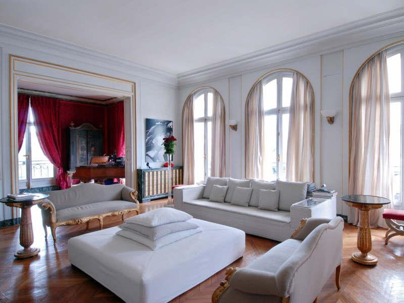 Lets Snoop around these Luxury Paris Homes for Sale
