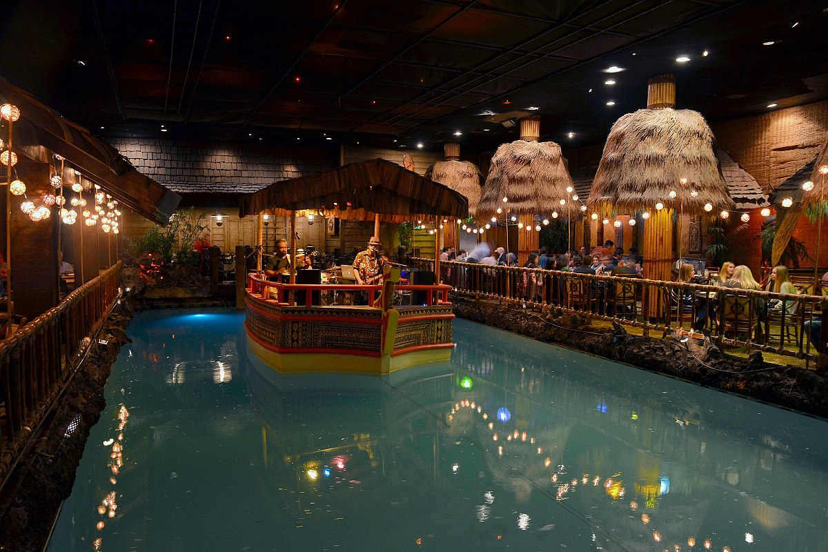 Theres a 73YearOld Tiki Bar Hiding in This Hotels Basement