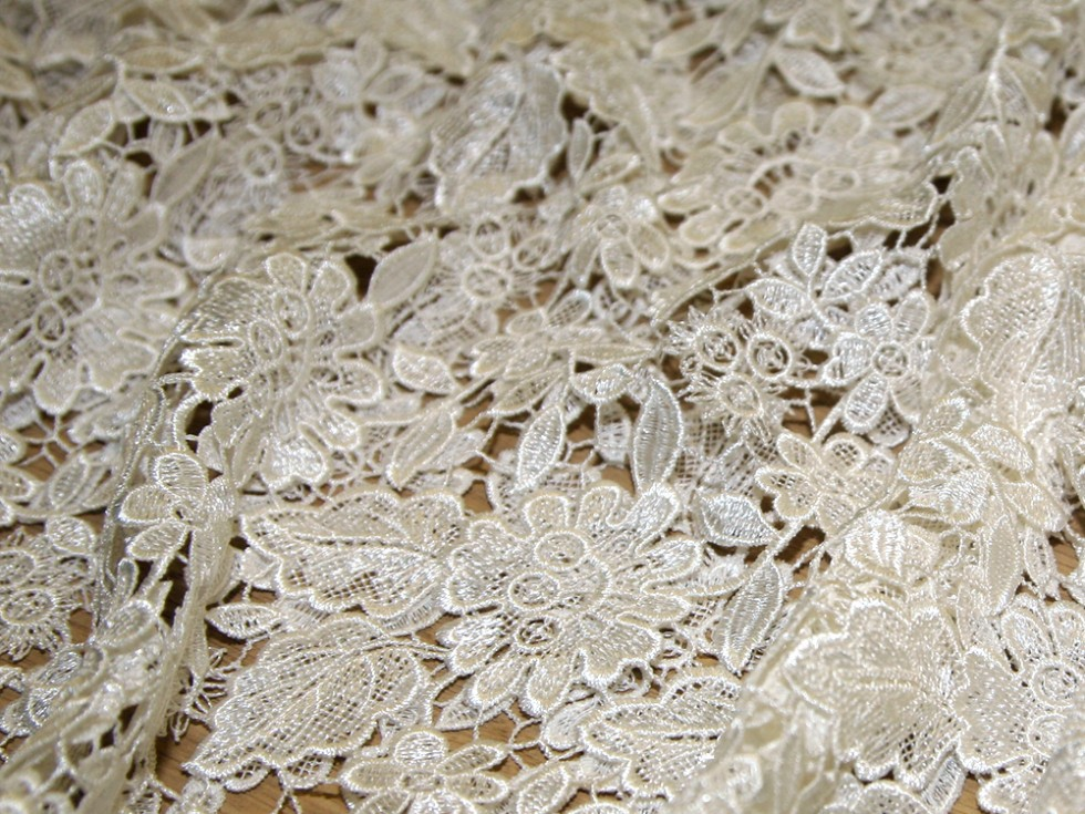 Francesca Scalloped Guipure Lace Couture Bridal Lace Fabric Ivory  Fabric  Bridal Fabrics