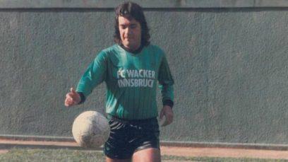 """La historia de Carlos """"Kaiser"""" Raposo, el mitómano más grande del fútbol"""