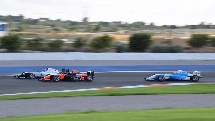 In the second race there was a great duel