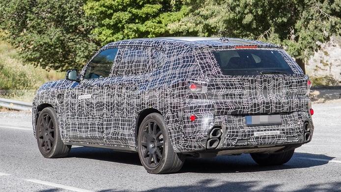 BMW X8 - rear spy photo