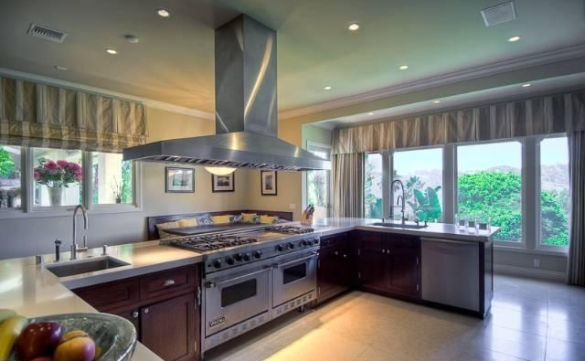 0909oakpass8 Mark Wahlberg Re Lists Beverly Hills Home (PHOTOS)