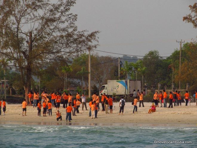Otres bus tour tourists Sihanoukville