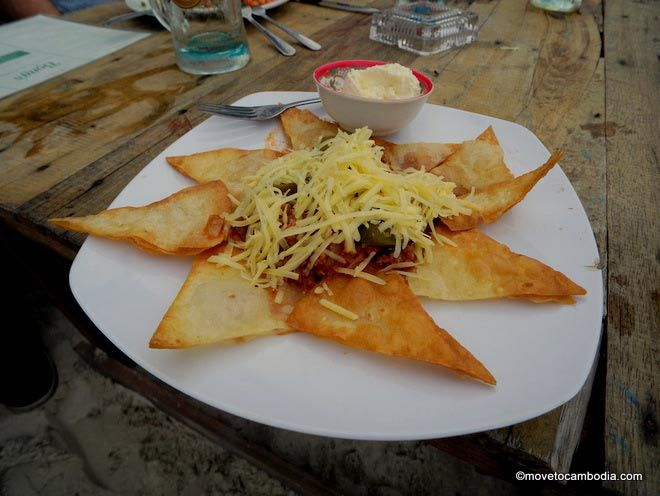 nachos at Bong's Koh Rong