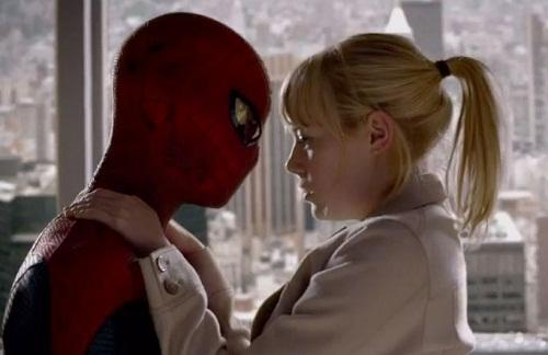 Emma Stone and Andrew Garfield Star in The Amazing Spider-Man