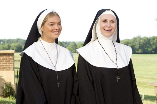 Kate Upton and Jane Lynch in The Three Stooges