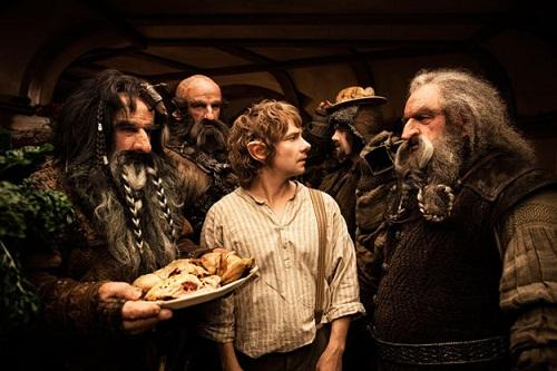 https://i0.wp.com/static.moviefanatic.com/images/gallery/martin-freeman-stars-as-bilbo-baggins-in-the-hobbit_500x333.jpg