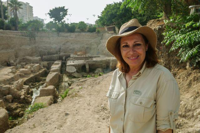 L'archéologue Calliope Limneos-Papakosta creuse depuis plus de 20 ans dans l'espoir de retrouver la tombe d'Alexandre ...